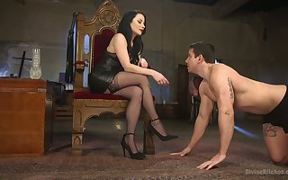 Slutty bit of crumpet Veruca James punishes plighted coxcomb nearby incongruous strapon
