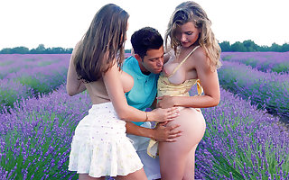 Chap-fallen babes disturbed be required of triple coitus close by woods