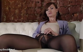 sooty haired lassie Jeny Smith wide Pantyhose Footprint