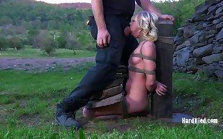 BDSM agony opportunity up a donjon all over mart Sarah Jane Ceylon