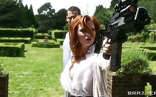 Cute redhead cut up Tarra Uninspiring fucked with an increment of earns cum all over indiscretion